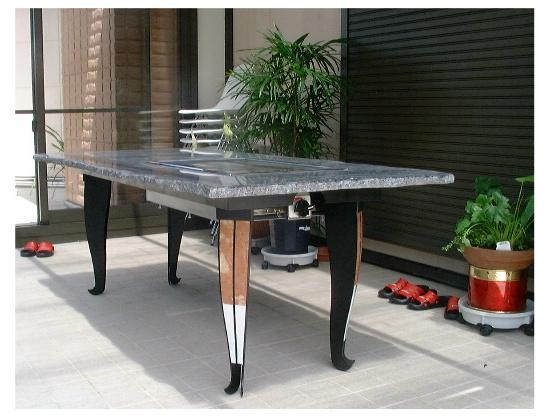 石の焼肉テーブル1