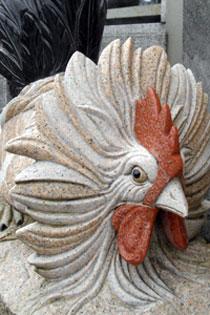 動物の石像