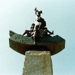 オベリスク頂上のオブジェ