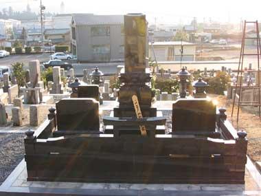 インド黒 1.1尺 上下蓮華 外柵付 背面